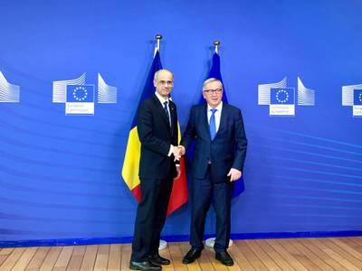Martí insisteix a Juncker en trobar un prestador d'última instància en l'àmbit europeu
