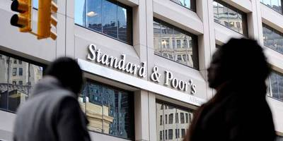 Standard & Poor's affirms BBB/A-2 country rating and revises the outlook from positive to stable