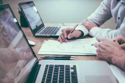 Le règlement relatif à l'élaboration de la loi sur la gestion et la surveillance du secteur de l'assurance et de la réassurance pour certaines délégations de la Principauté d'Andorre est approuvé